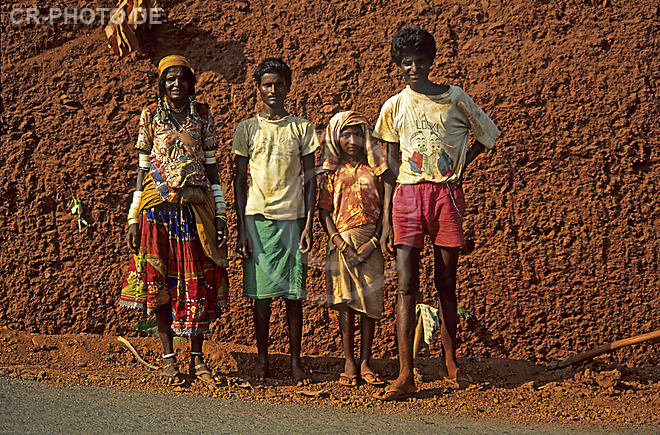 Asia, India, indian streetworker, indian family, India
