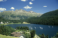 Europe; Switzerland; East Switzerland; Oberengadin; lake Champferer, view above the lake, mountain lake diving, sunny day in the alps