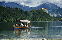 Europe, Slovenia, Alps, karst, julian alps, excursion, pleasure boat at the lake Bled, mountain lake