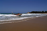 Africa; Mozambique; Tofo Beach, Inhanbane, indic ocean, diveboat coming ashore at the beach